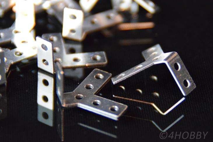 20 Mini-Winkel für Modellbau und Heimwerker 18x18x10mm